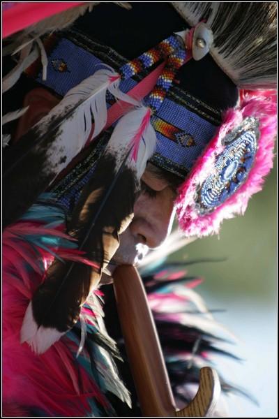 Индейская Америка в картинках: разноцветные наряды