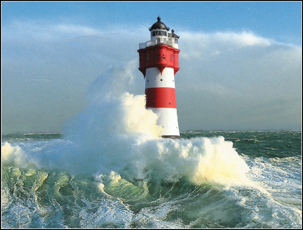 Гостиница-маяк в открытом Северном море
