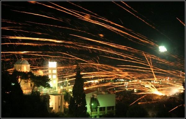 Современный греческий огонь: Пасхальная ракетная война