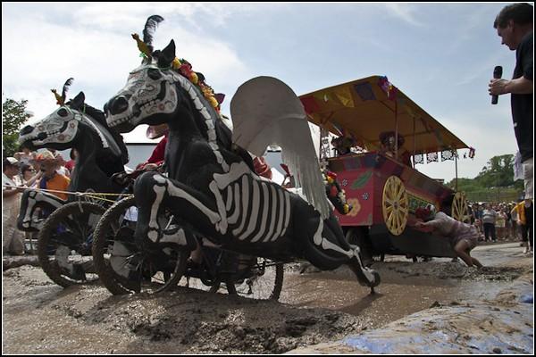Безумные гонки в Балтиморе: всадники Апокалипсиса