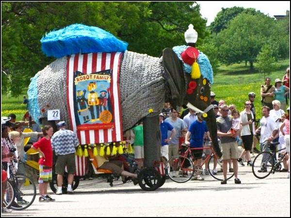 Безумные гонки: слоник