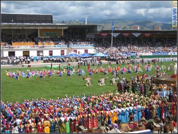 Наадам: фестиваль мужества в Монголии