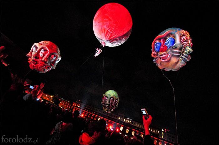 Воздушное шоу Les Plasticiens Volants