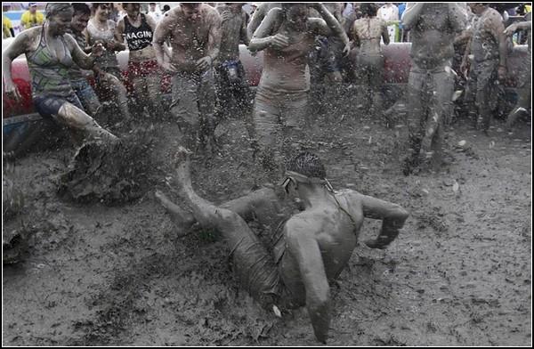 Грязнули на фестивале в Порёне