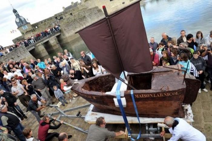 Большие шоколадки-лодки