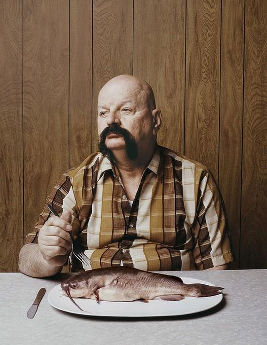 Люди под знаком рыбы: фотопроект в защиту эволюции
