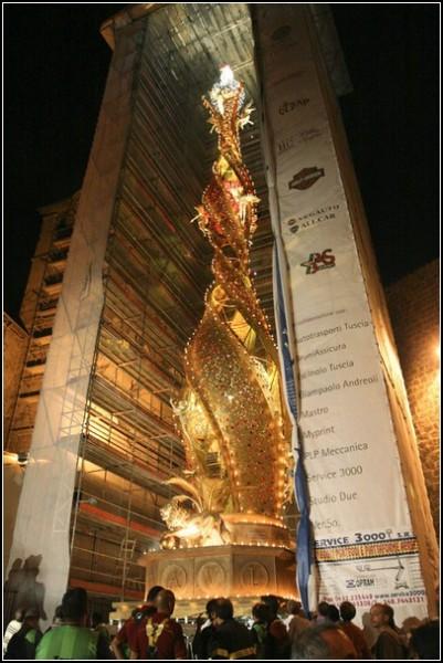 Небесный цветок: колоссальная скульптура во имя Святой Розы из Витербо