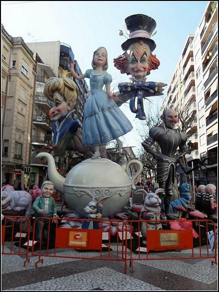 Фестиваль огня и кукол: Фальяс-2011
