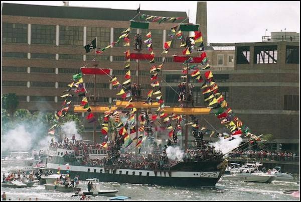 Пираты 21 века: вторжение в Тампу