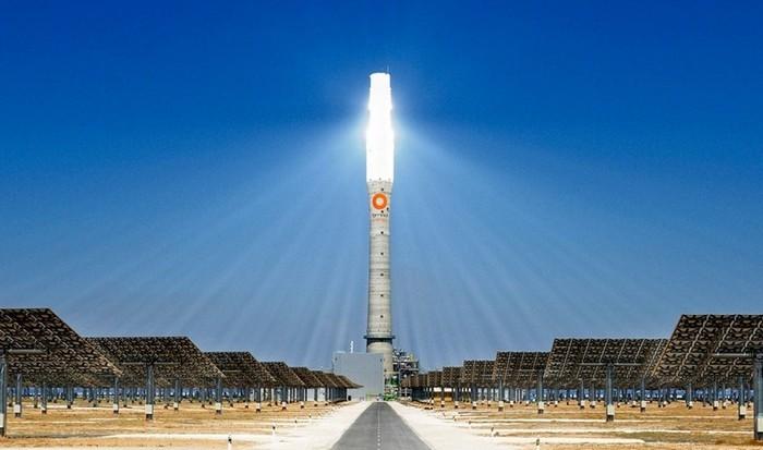 Самая красивая солнечная станция в Испании