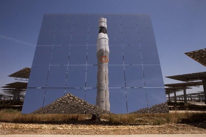 Солнечная электростанция Gemasolar Power Plant