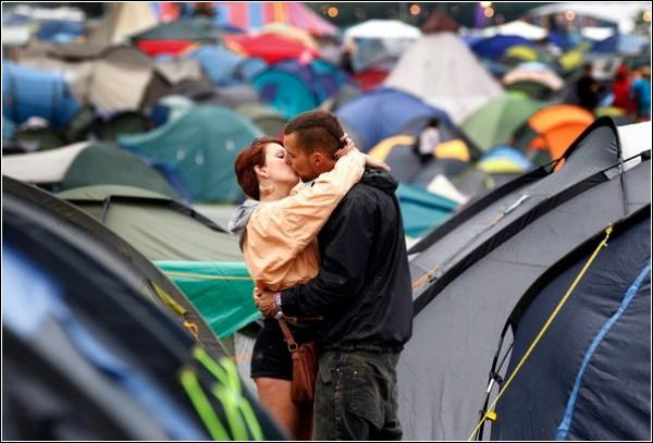 Гластонбери-2011: поцелуй