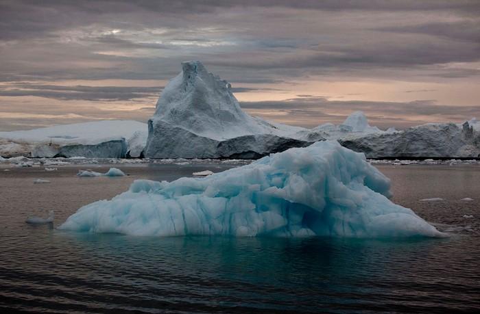 Остров Гренландия на фото Бреннана Линсли