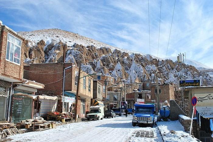 Иранский город-термитник зимой