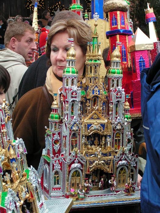 Ясельный рождественский конкурс в Кракове