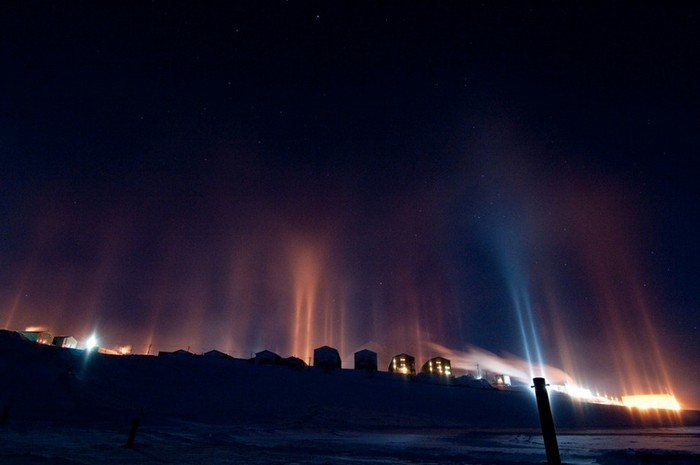 Столбы света: зимнее чудо