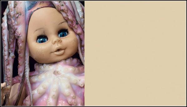 Разоблачение жизнерадостности: кукла в осьминогах