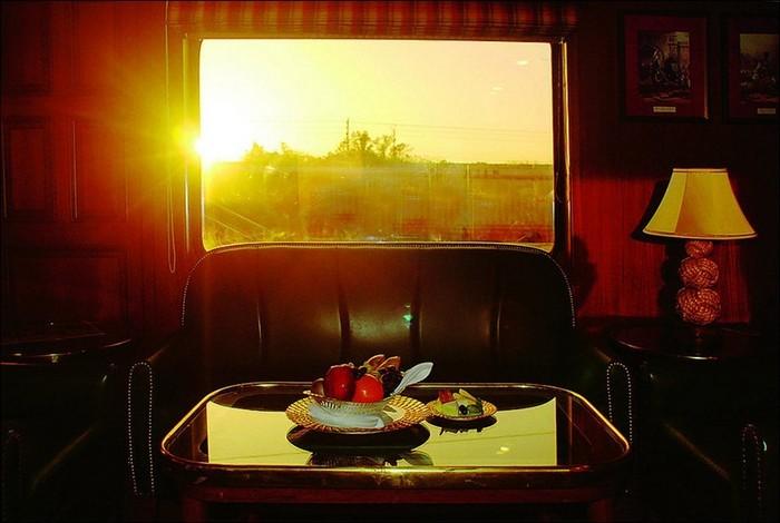 Роскошный отель на колесах: Maharaja Express
