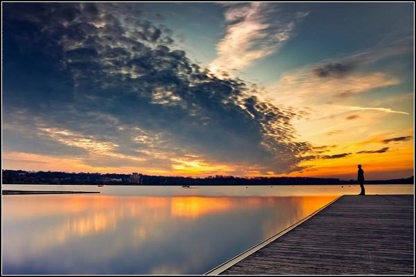 Немного солнца в холодной воде. Речные пейзажи Марка Бенсладина