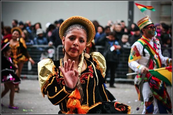 Праздник клоунов в Милане: костюмированное шествие