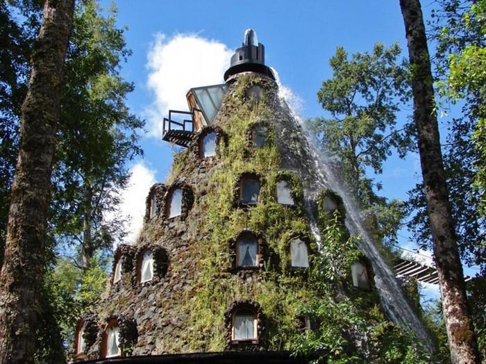 Вулкан в Чили, который стал отелем