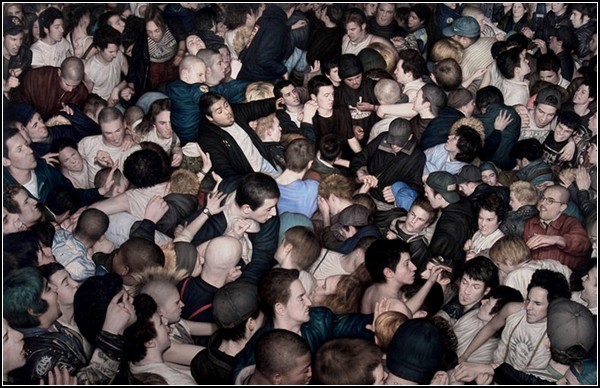 Среди толпы: восстание масс в инсталляциях Дэна Вица