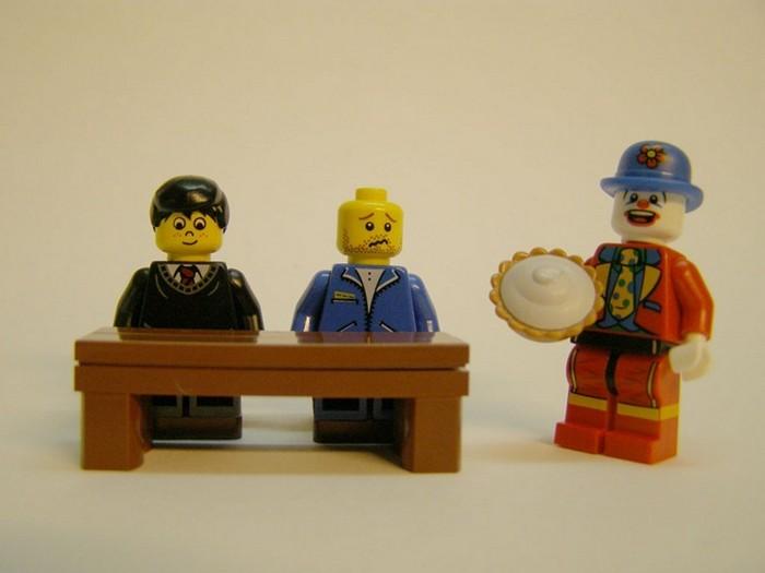 LEGO-человечки засудили Мердока