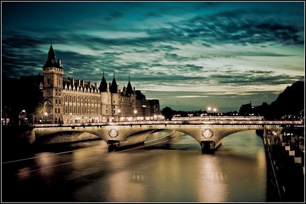 Немного солнца в холодной воде. Мост Менял и Консьержери, вид от Собора Парижской Богоматери