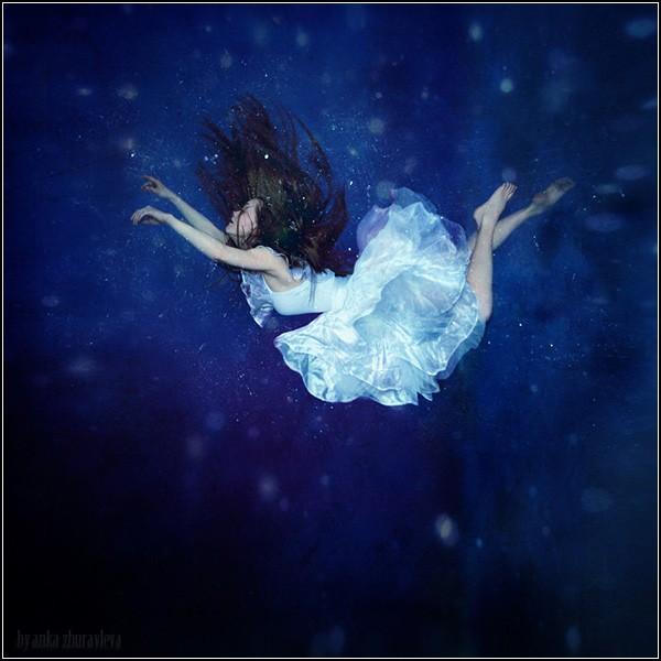 Полет фантазии и левитация человека. Falling into dream / Падение в мечту