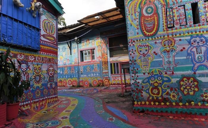 Радуга в городе: яркий квартал Тайчжуня