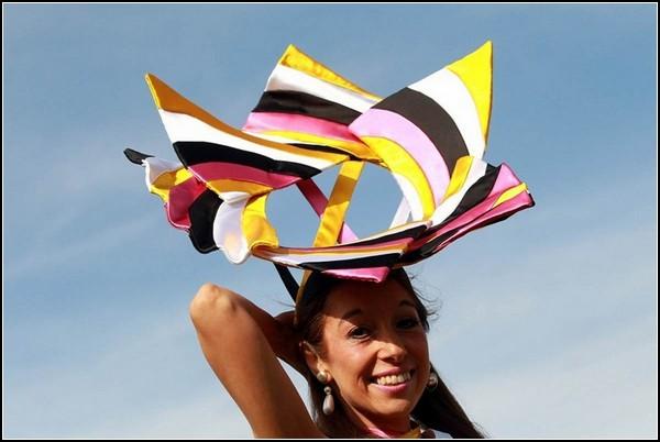 Женские шляпки на королевских скачках в Аскоте