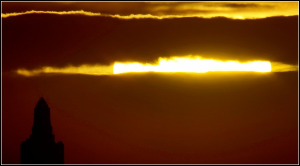 Летнее солнцестояние. Восход над Канзас-Сити