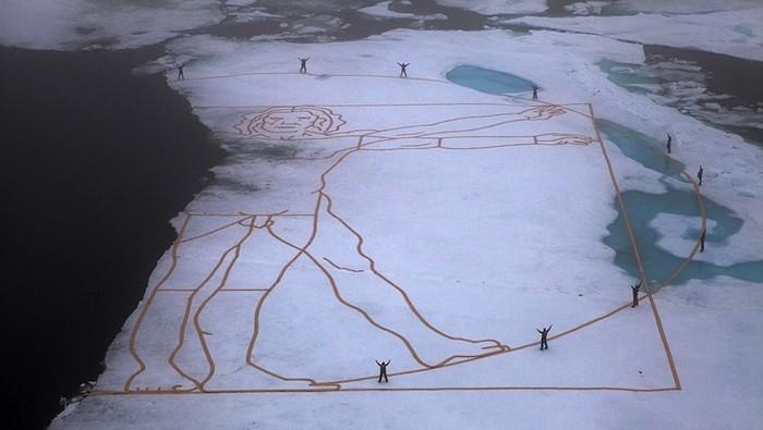 Снежный витрувианский человек против глобального потепления