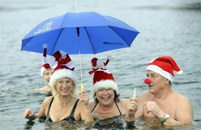 Зимнее купание под Новый год: купально-социальное движение