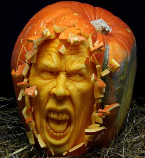 Тыквы на Хэллоуин: творчество Ray Villafane