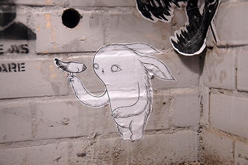 Среди такого разного творчества Moki Mioke можно встретить и стрит-арт