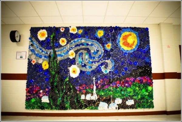 Жесть, а не Ван Гог: «Звездная ночь» из 7000 крышечек