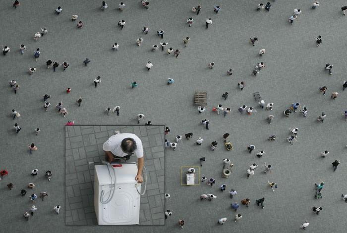 «Площади» («Squares»): фотопроект Адама Магьяра