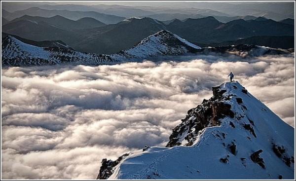 Озеро из облаков: фотографии гор Джимми Чина