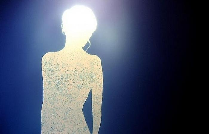 Жена, Облаченная в Солнце, на фотографиях Кристофера Баклоу