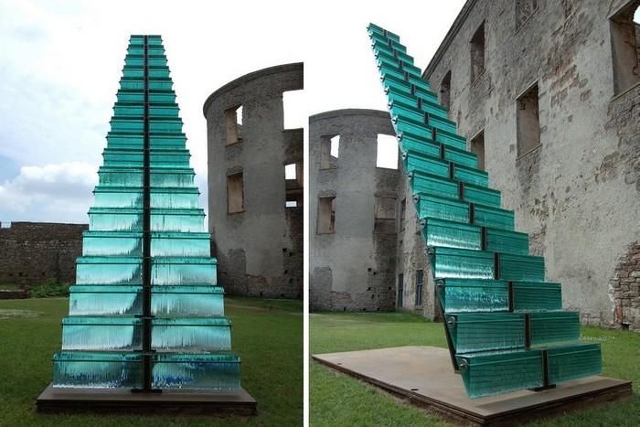 Лестница в небо: современная скульптура Дэнни Лейна