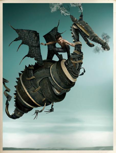 Верхом на драконе: забавные и странные фотографии Габи Хербштейн