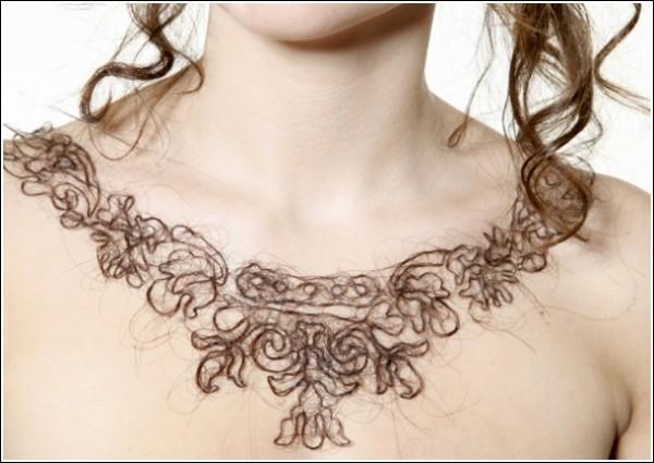 Оригинальные украшения Керри Хоули: ажурное плетение из волос