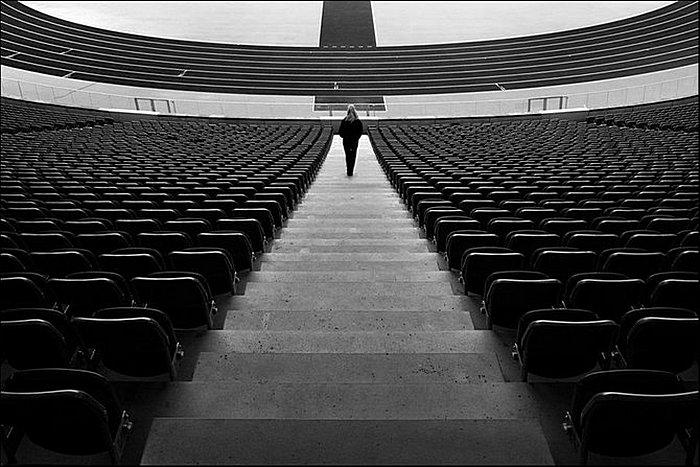 Покой и симметрия: умиротворяющие черно-белые снимки Кая Циля
