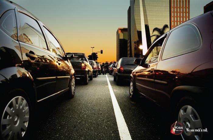 «Rush»: рекламные постеры для радиостанции