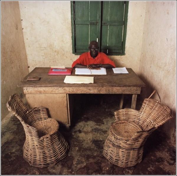 Мир чиновников и чиновники мира: Либерия