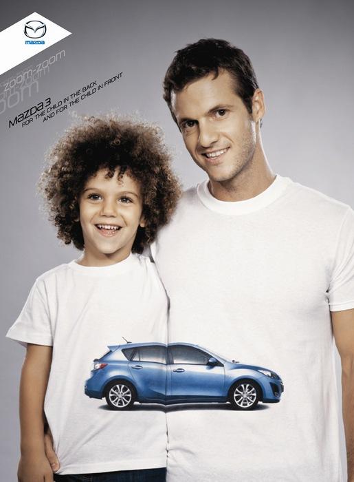 «Для ребенка на заднем сидении - и на переднем»: оригинальная реклама «Мазды»