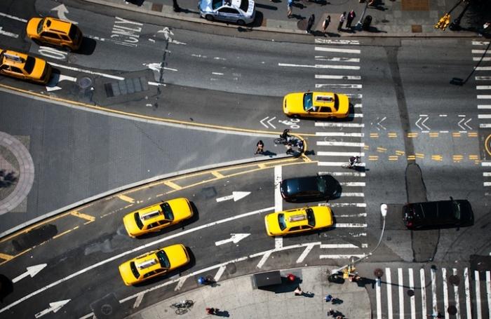 Городские фотографии о ритме Нью_Йорка