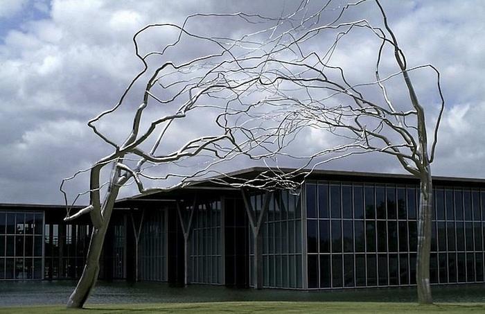 Веткопожатие: металлические деревья Рокси Пейна, совсем как живые