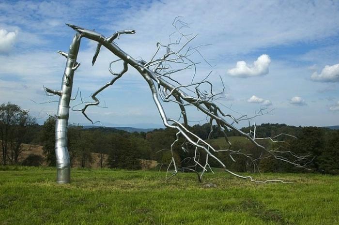 Если жизнь тебя сломает: металлические деревья Рокси Пейна